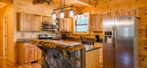 Hidden Creek Lodge - Kitchen