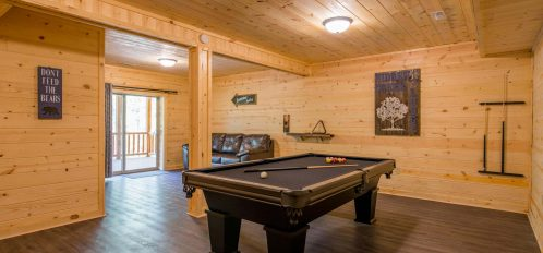 Hidden Creek Lodge - Pool Table in Den with Porch Access