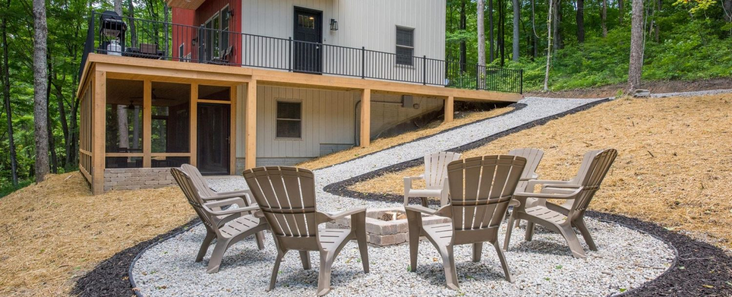 Luxe Haus - Firepit Seating Area